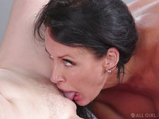 Horny Boss Asked Penny To Lick Her Pussy