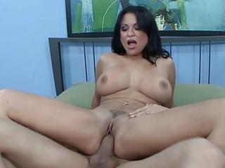 "Latina cougar Sophia Lomeli immense bosoms jism Covered|<iframe src=""https://embeds.sunporno.com/embed/1367666"" frameborder=""0"""