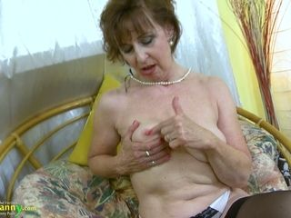Mature gross cockslut is blessed to have fun with her congenital saggy bosoms