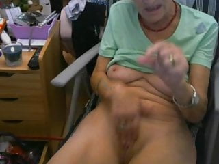 Mature lady piss