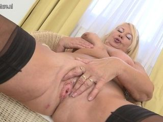 Blonde Housewife Playing With Herself - MatureNL