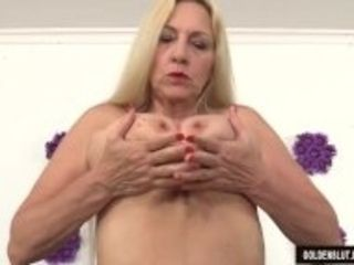 """""""Mature woman Cala Craves shows off her pussy and asshole before fucking"""""""