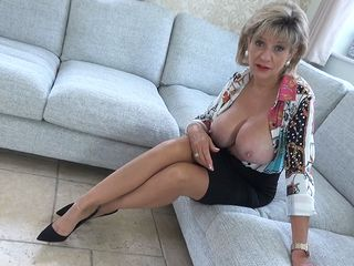 Aunt-In-Law Sonia Penalizes Her Cousin For Edging And Fapping