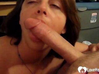 Nasty wifey gargling a hefty firm shaft in poitn of sight