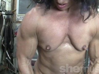 Bare nymph Bodybuilder smooch My bare Muscles