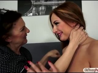 Russian Eva Berger gets licked by granny
