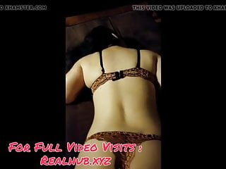 Pakistani aunty First time sex Crying
