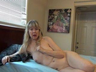 'Jamie Foster Naked Talking 17'