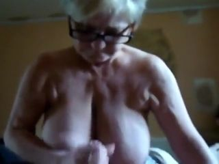 Crazy Amateur clip with Grannies, German scenes