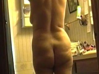 Do not miss a hidden cam video of all natural bitch flashing her bum