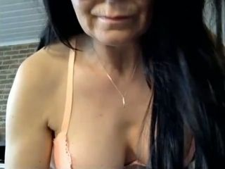 That's super hot when she exposes her fat tits and this cougar is so horny