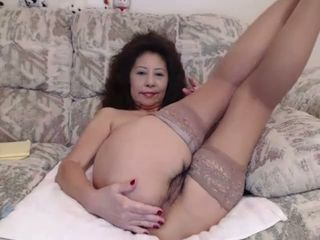This slut fucks herself with her toy with passion and can tell she is loving it