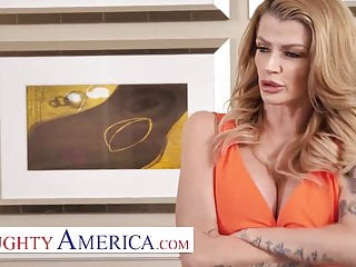 Naughty America - Joslyn James needs a FUCKING vacation