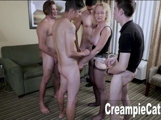 '4 Young Guys Creampie MILF'