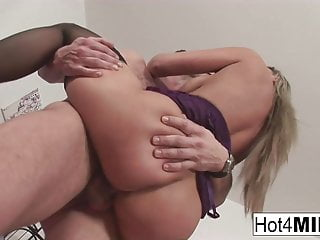 Pretty blonde MILF wants his jizz all over her tits