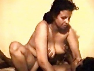 Pakistani Punjabi stud porking kinky mommy in law with enjoyment
