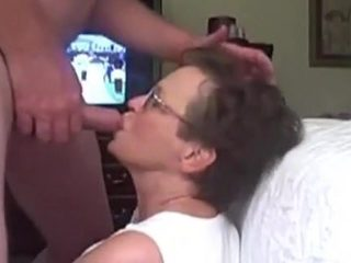 Facial spunk flow for granny