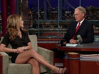 Jennifer Aniston - jaw-dropping gams!
