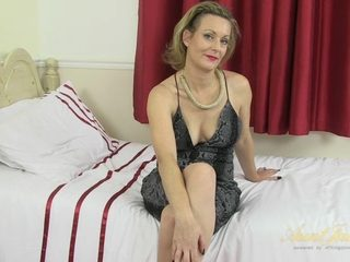 Betsy Blue in Masturbation Movie - AuntJudys