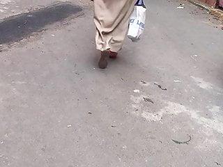 Mom arab hijab ass ( 1 )