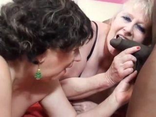 Fucking and squirting