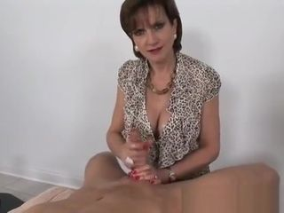 Divine expert woman dame Sonia gets penetrated in unexpert pornography movie