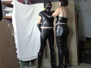 Leather domina, leather marionette (Part one: plastic bag and HOM)