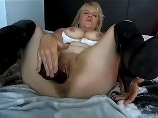 Cougar ebony faux-cock getting off