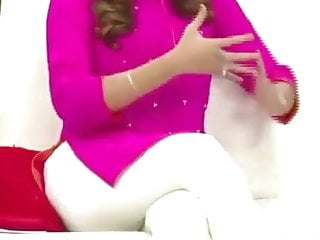 Desi girl cross leg in tights part 1