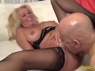 Golden Slut Eating Mature Pussy Compilation Part 1