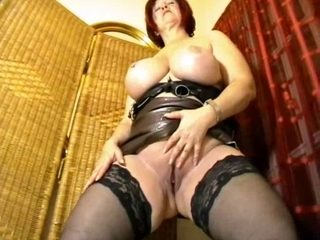 Massive big beautiful woman virtual-Facesitting