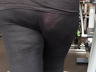 My Turkish big ass wife in gym in transparent leggings