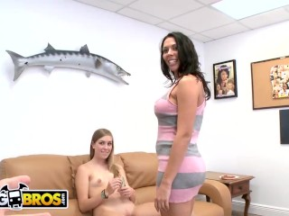'BANGBROS - Young White Stripper Gets Schooled By Veteran MILF Rachel Starr'