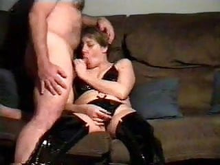 Fledgling wifey Tracey blowing penis