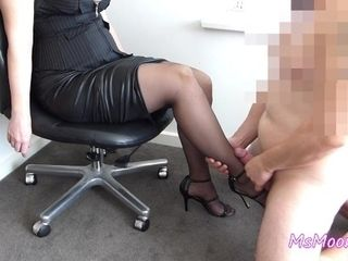 'Femdom leg worship ♥ Handjob and legjob ♥ Cumshot on stockings ♥ Sexy legs'