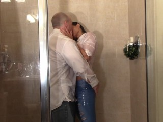 Lodge strengthen stained (Shower Scenes)
