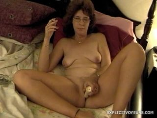 XXXHomeVideo: Shave and a BJ