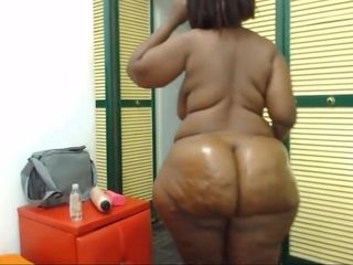 Huge Ass, Nice Shape, Black Woman With Dirty Feet, Webcam