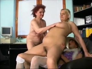 Crazy Amateur record with Grannies, Threesome scenes