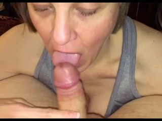 Mature mom loves sucking cum out of fat young cocks
