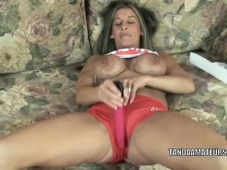 Busty housewife Leeanna Heart is playing with her dildo