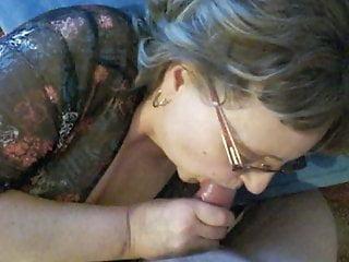 Mature Nina sucking