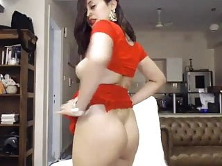 Beautiful Desi Sexy aunty nude on webcam