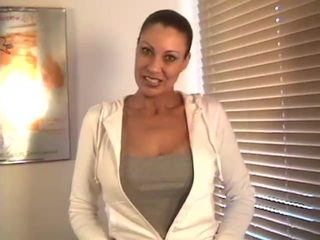 Video from AuntJudys: Vanessa