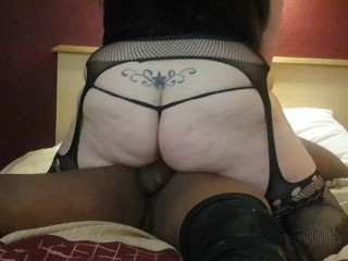Amateur wife takes BBC and loves every minute