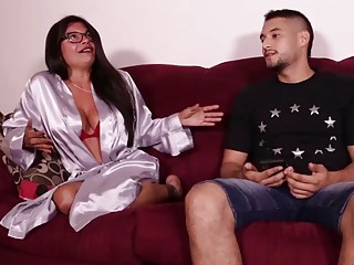Latina Step Mom Isabella Jacks off Her Monster Coc