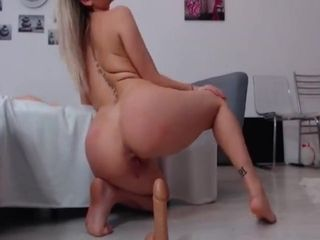 Sexyelisabeth On The Bed And Floor