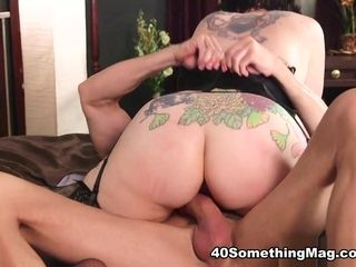 Please Give Me That Cock In My Ass - Vivian Piper and Tony D'Sergio - 40SomethingMag