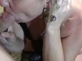 Amateur Big Ass Mom Elle Seeded by Two BWCs