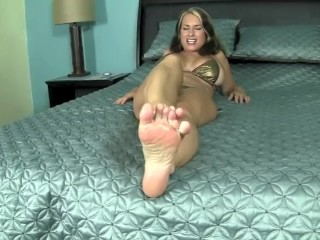 Goldie Blair chap-fallen oiled hpluss footworship plus toe-spreading
